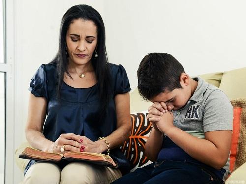 formacao_1600x1200-como-evangelizar-os-meus-filhos
